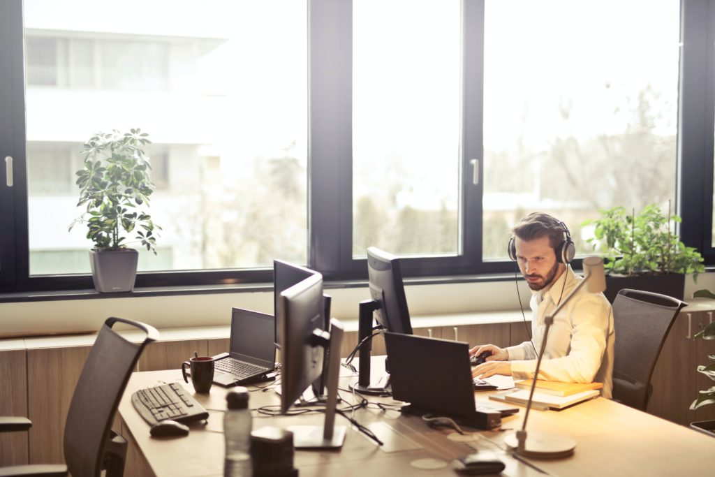 Benefits of Outsourcing IT Help Desk Support